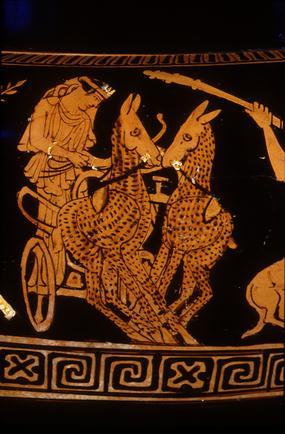 Артемида на золотой колеснице, запряженной оленями. Аттический краснофигурный кратер, ок. 460-440 до н.э., фрагмент росписи