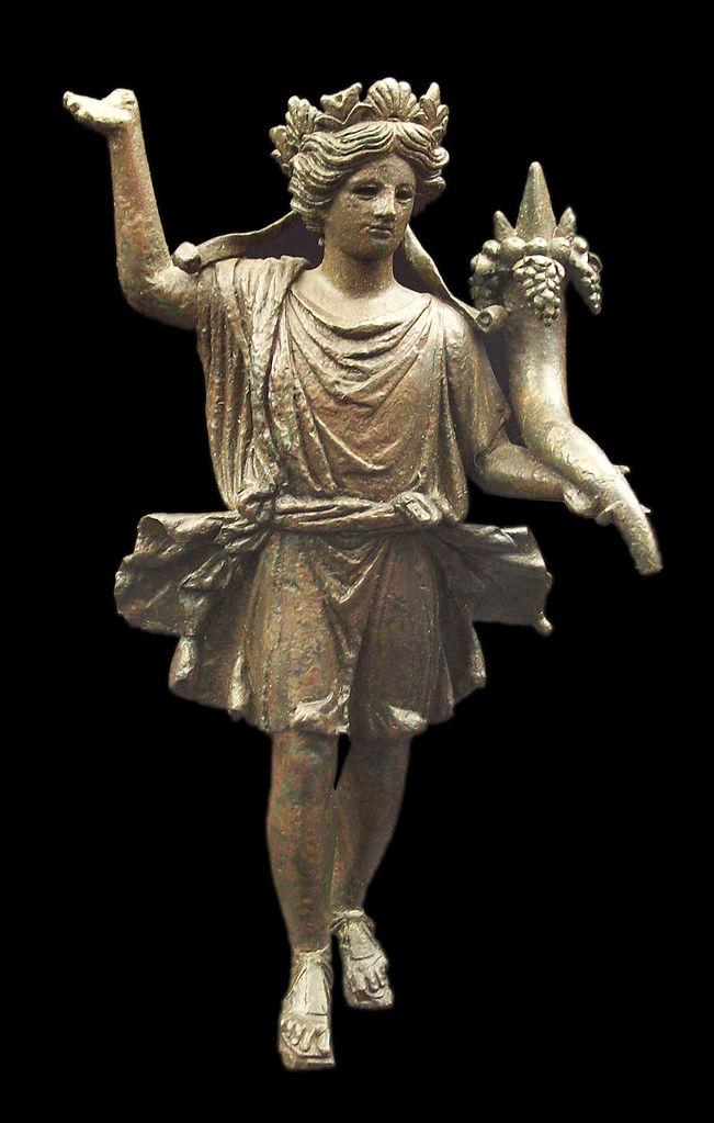 Лар с рогом изобилия. Бронзовая статуэтка (22,5 х 16 х 9 см) из Аксатианы (совр. Лора-дель-Рио) в Римской Испании, ок. 1-50 н.э.