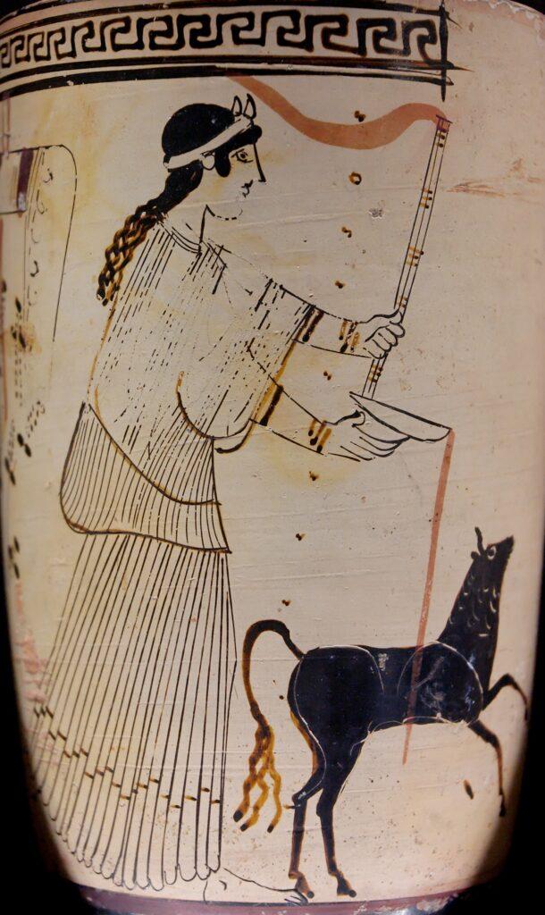 Артемида, совершающая возлияние. Аттический белофонный лекиф, ок. 460–450 BC.