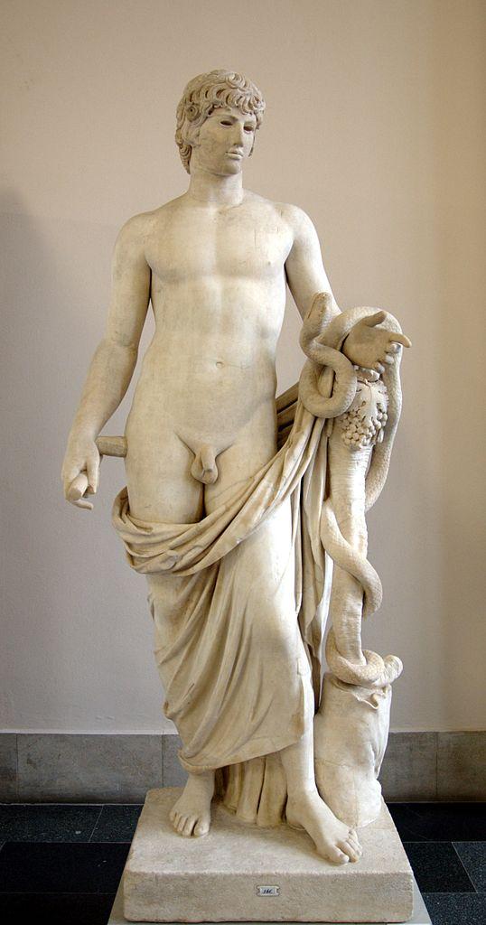 Агафодемон (Добрый демон) с головой Антиноя. Римская мраморная статуя, 130-138 н.э.